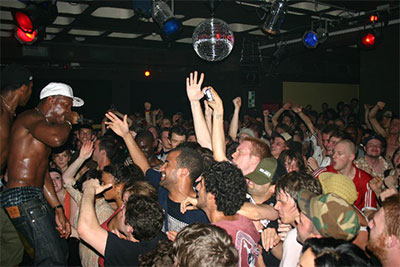 dizzee_crowd_2web.jpg